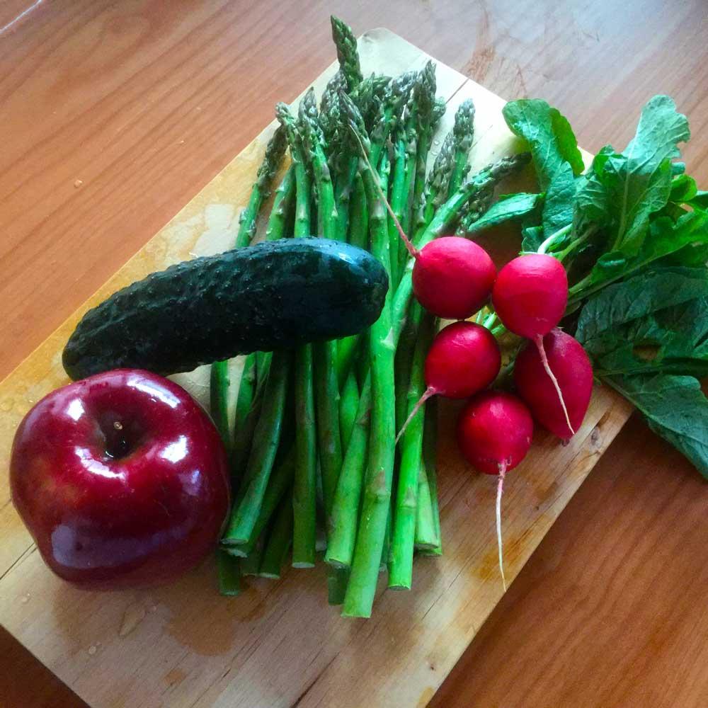 Trigueros a la plancha con ensalada crujiente. Recetas Diet Alba