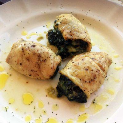 Pechuga de pavo rellena de espinacas y queso. DietAlba nutrición online.