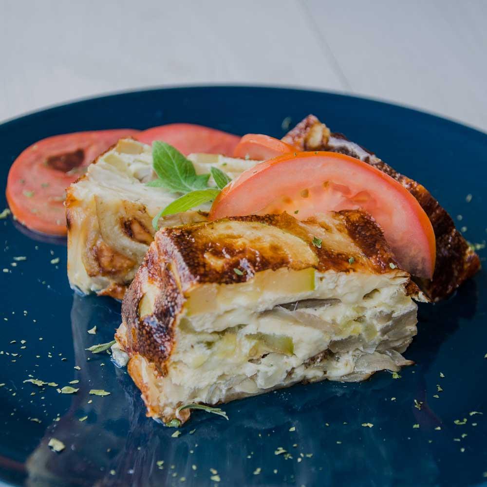 Pastel de berenjena con calabacin y huevo
